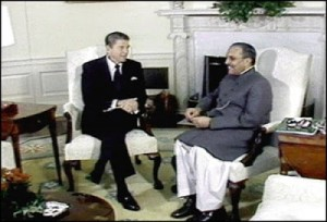Il Presidente Zia ul Hak e il Presidente Reagan in anni lontani