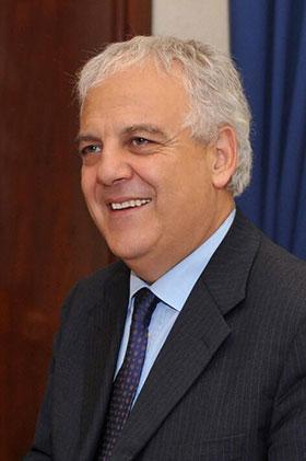 IL dott. Alberto Manenti, Direttore dell'Agenzia Informazioni e la Sicurezza Esterna (AISE) dal 24 aprile 2014 Sicurezza Esterna (AISE)