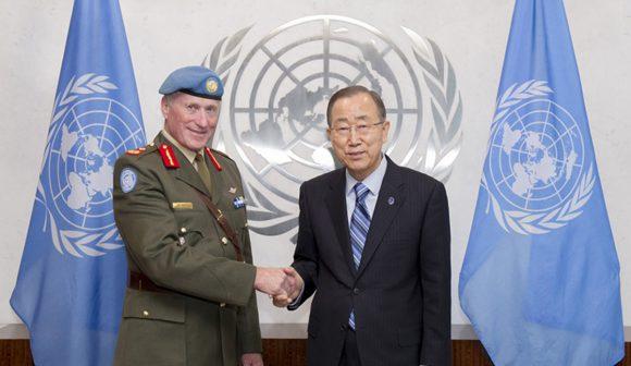 Il generale Michael Beary, Comandante della missione UNIFIL con il Segretario Generale delle NU.