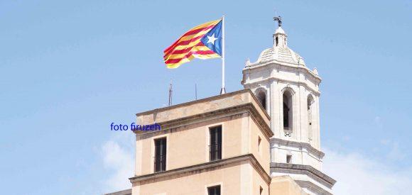 La bandiera catalana a Girona (foto firuzeh)