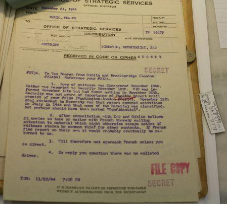 Uno dei documenti relativi al Rapporto Pacatte (Photo ©Pasqualini)