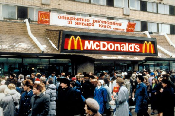 Un Macdonalds a Mosca (Fonte: the Moscow Times).
