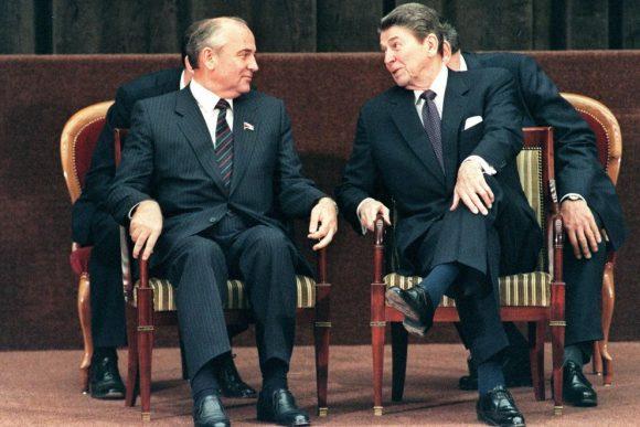 Reagan e Gorbaciov quando la politica sorride...